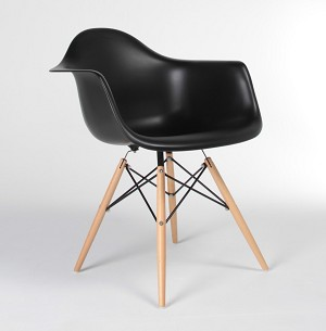 Plastic Chair DSW Retro Dining Chair with arms and wood leg